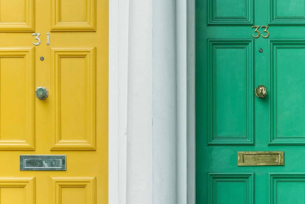 logistic regression machine learning classification doors two colors